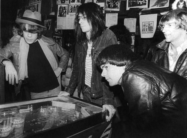 Kaye com David Johansen e Dee Dee Ramone