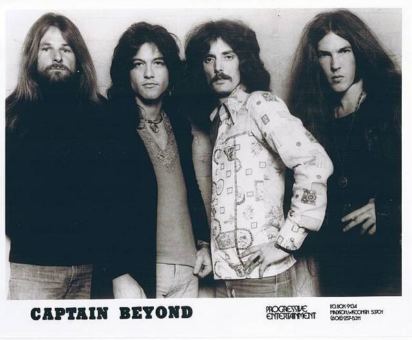 Lee Captain Beyondl